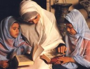 mother-and-daughters-read-quran